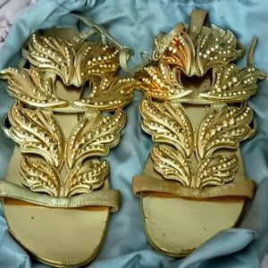 Authentic giuseppe zanotti sandals